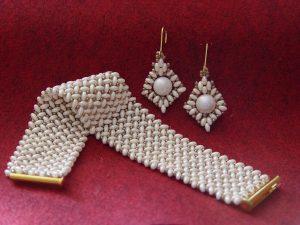 Bransoletka i kolczyki perłowo kremowe